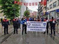 Polisler vatandaşları dolandırıcılara karşı uyardı
