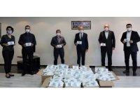 Başkan Akın'dan 25 bin maske desteği