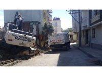 Karacabey'de yıkılan metruk binalar, otopark için fırsata dönüşüyor