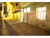 Diyarbakır'da silahlarla ev bastılar: 1 kadın öldü