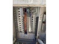 Mardin'de elektrik panosuna dadanan hırsızlar polisler tarafından yakalandı