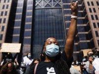 ABD'de gösteriler büyüyor: 25 kentte sokağa çıkma yasağı ilan edildi