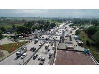 Yeni normal başladı, Bursa'da trafik kilitlendi