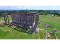Aizanoi Antik Kenti ziyarete açıldı