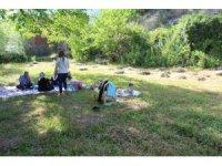 Yasak bitti halk piknik alanlarına akın etti