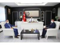 Ocak Başkanı Karaoğlan Rektörü Karacoşkun'la bir araya geldi