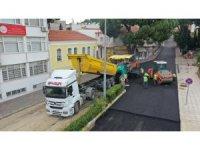 Büyükşehir'in sıcak asfalt çalışmaları devam ediyor