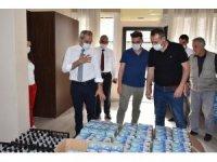 Tarsus'ta kahvehane ve eğlence yerlerine maske ve dezenfektan desteği