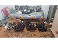 İzmir'de sahte içki imalathanesine baskın: 2 gözaltı