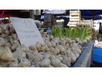 Sarımsağın kilosu 100 lirayı buldu