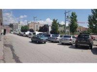 Karabük'te araç park etme yasağı kaldırıldı