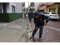 İzmit Belediyesi ekipleri çalışmalarını sürdürüyor
