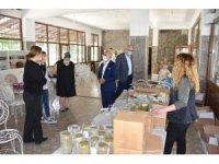 Başkan Kayda, üreten kadınları ziyaret etti
