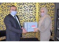 Emet Belediyesi'nden berber ve kuaförlere ultraviyole sterilize makinaları