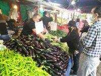 Korona virüs gölgesinde pazar alışverişi