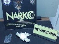 Malatya polisi uyuşturucu ve silah tüccarlarına göz açtırmıyor