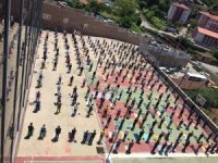 Zonguldak'ta vatandaşlar Cuma Namazı için alanları doldurdu