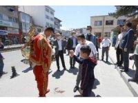 Nevşehir Belediye Başkanı Arı, vatandaşlara şerbet ikram etti