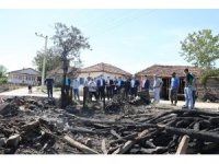 Başkan Söğüt'ten evi yanan aileye yardım eli