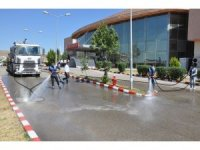 Cizre Devlet Hastanesi dezenfekte edildi