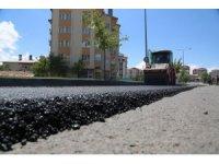 Sivas'ta asfalt çalışmalarının  startı verildi