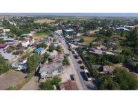 Ceyhan belediye ekipleri Sağkaya'ya çıkarma yaptı