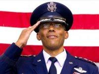 ABD tarihinde ilk siyahi kuvvet komutanı atandı