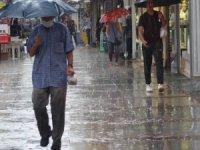 Beklenen yağmur Edirne'de başladı, İstanbul'a geliyor