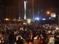 Lübnan'da dolardaki ani yükseliş halkı sokağa döktü
