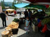 Posof pazarcılara da kapıyı açtı