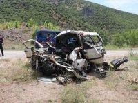 Balıkesir'de katliam gibi kaza: Aynı aileden 6 ölü