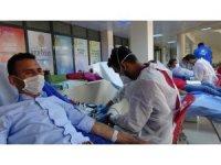 Ardahan'da Gençlik Merkezi personelinden Türk Kızılay'a kan bağışı