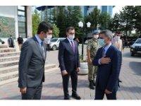 Tunceli'nin yeni valisi Özkan, göreve başladı