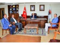 CHP İl Başkanı Taştan ve İlçe Belediye Başkanlarından Vali Öner'e hayırlı olsun ziyareti