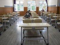 Öğrencilere sınav öncesi maskeyle test çözün tavsiyesi