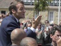 Fransa'da Macron'un partisi yerel seçimlerde ağır yenilgi aldı