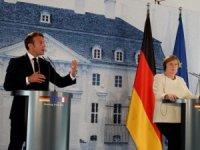 Macron: Fransa, Hafter'i desteklemiyor