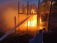 Parkta çıkartılan yangının failleri aranıyor