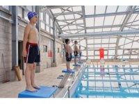 İnegöl Belediyesi yüzme havuzu hizmete giriyor