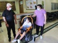 Kıbrıs gazisinin torununa engelli aracı verildi
