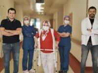 Mardin Devlet Hastanesinde ilk defa kısmi diz protezi ameliyatı yapıldı