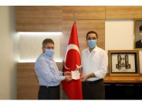 Cizre Kaymakamı Sinanoğlu, kurban vekaletini Kızılay'a verdi