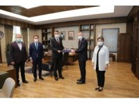 AK Parti'den Vali Çelik'e 'Hayırlı olsun' ziyareti