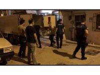 Bursa'da anne ve 2 çocuğunun cansız bedeni bulunan evde acı bekleyiş sürüyor