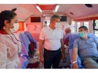 Başkan Güler, kan bağışı noktasını ziyaret etti