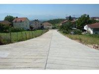 İzmit Belediyesi toprak yoldaki ulaşım problemini çözdü