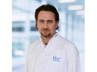 """Uzm. Dr. Erdal Irmak: """"Bebekler 2 yaşına kadar ayakkabı giymemeli"""""""