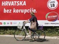 Hırvatistan'da halk genel seçimler için sandık başında