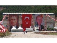 Cumhurbaşkanı Erdoğan'ın telekonferans sitemi ile katıldığı Akıncı HES'in açılışı yapıldı