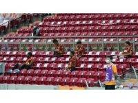 Süper Lig: Galatasaray: 0 - Trabzonspor: 0 (Maç devam ediyor)
